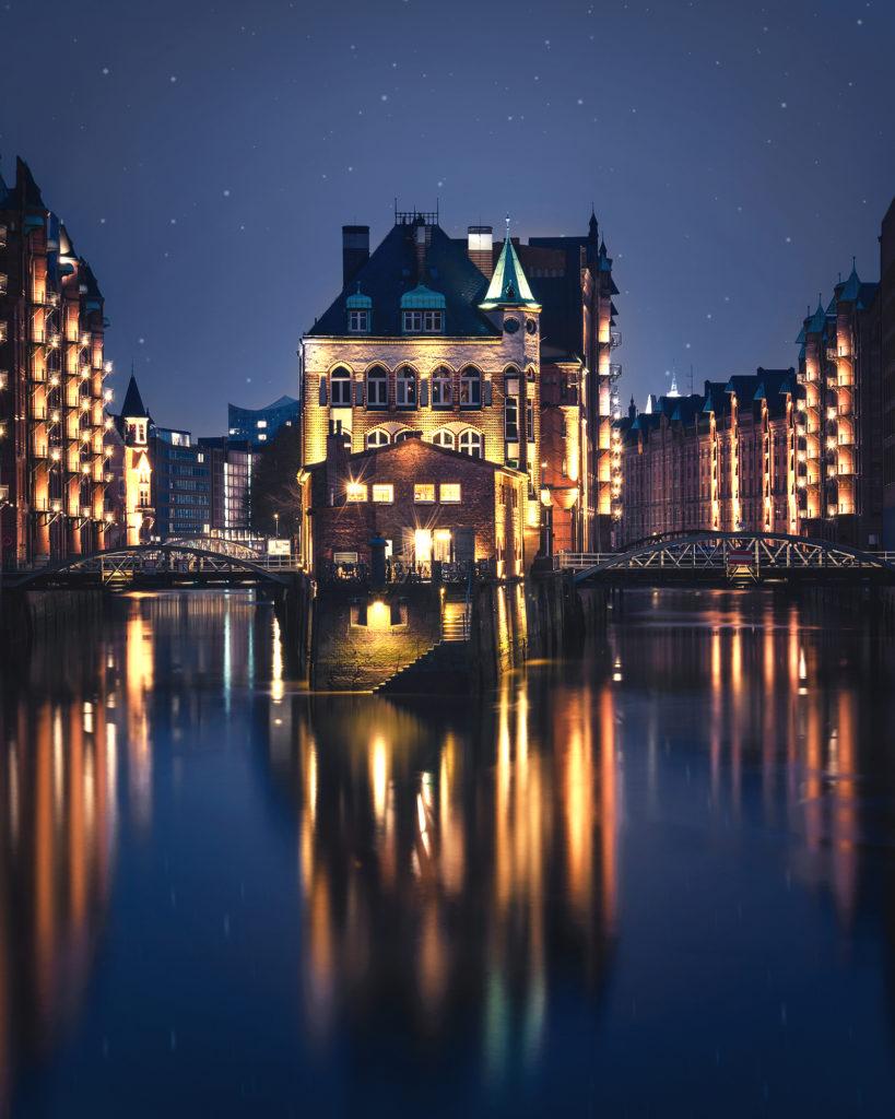 Wasserschloß in der Blauen Stunde fotografiert tipps wie du die blaue Stunde fotografieren kannst
